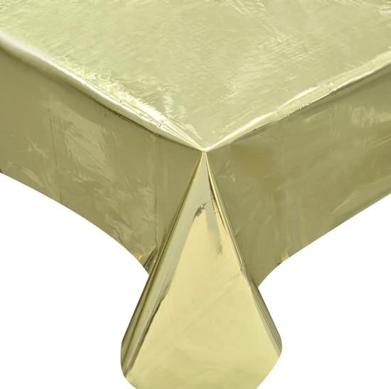 parti-pokrivka-zlatista