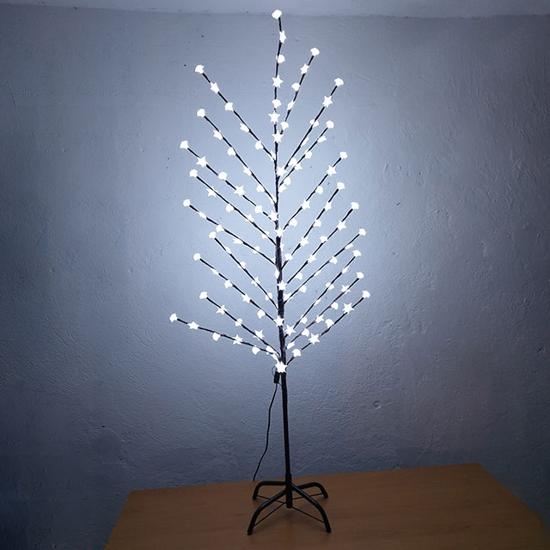 kafqvo-sveteshto-durvo-beli-lampi